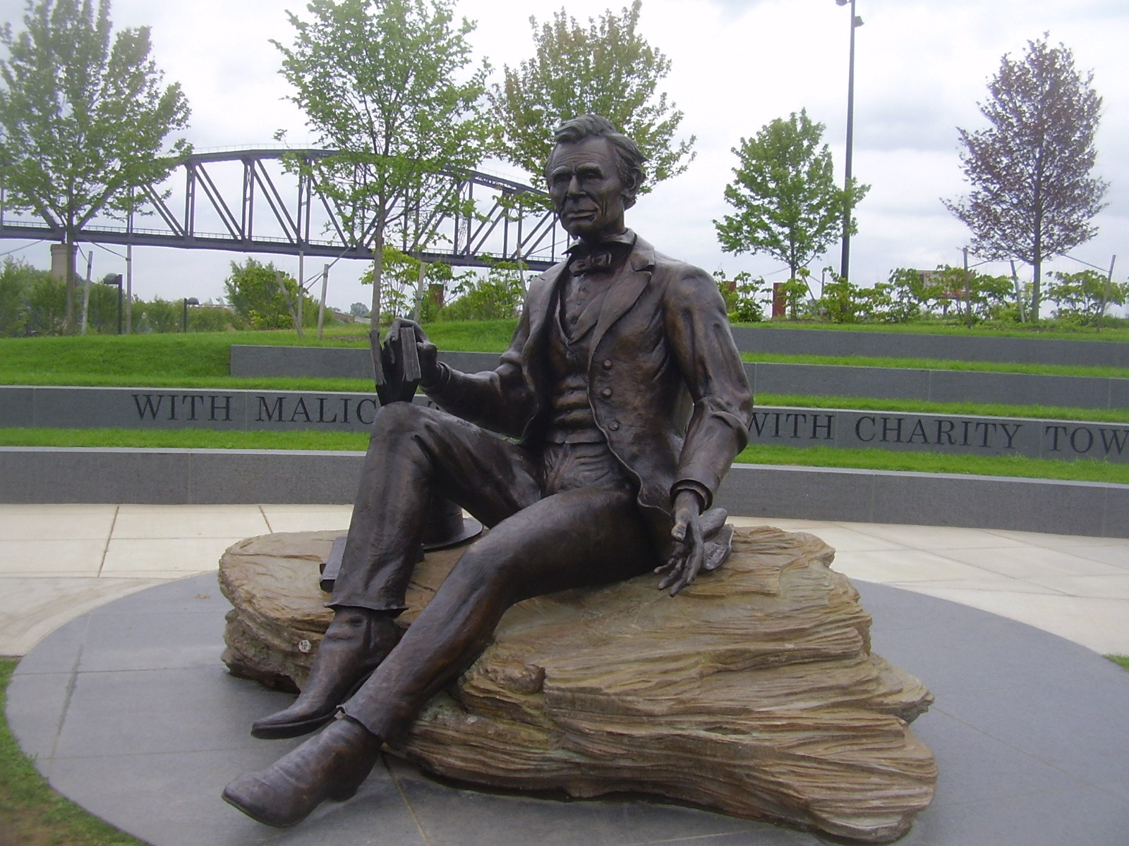 Lincoln Memorial at Waterfront Park